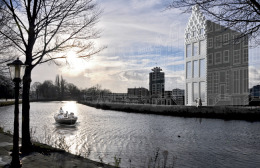 DUS Architects canal house