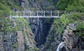 Sabetjohk Pedestrian Bridge