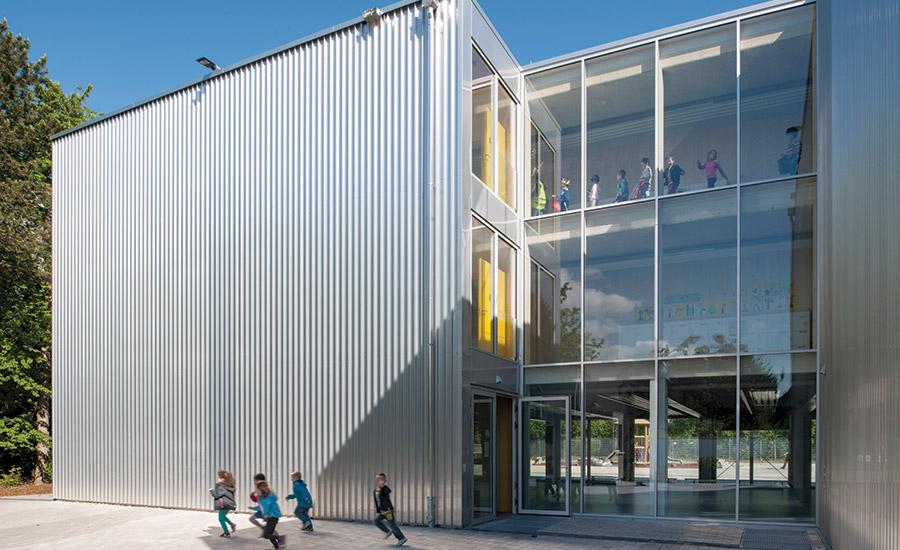 european school frankfurt 2016 01 01 architectural record. Black Bedroom Furniture Sets. Home Design Ideas
