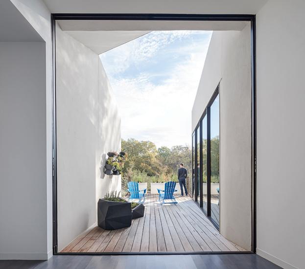 5g studio designs leed platinum net positive energy house in texas green acres fandeluxe Images