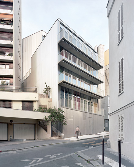 Pelleport Social Housing by Bruther