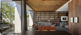 Home Studio by Manuel Cervantes.