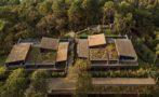 The Izar Houses.