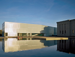 Nelson-Atkins' Bloch Building