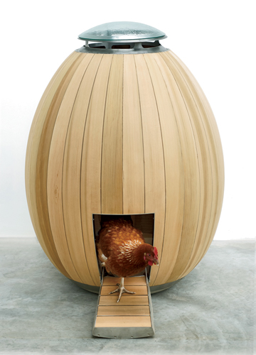 Hatched in response to the backyard chicken-raising fad, Nogg, a compact egg-shaped abode, offers a fresh take on the utilitarian coop. By creating a sculptural, self-contained object, fur