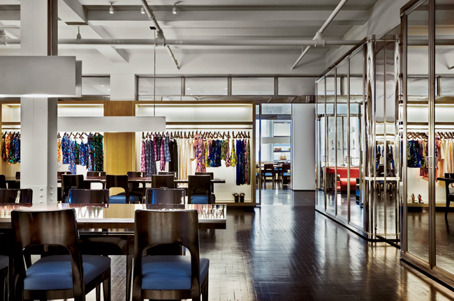Jacklitsch / Gardner Architects renovated the Marc Jacobs SoHo showroom and executive office in 2009. The 7,700-square-foot showroom has space for display and storage of the latest ready-to-wear and a