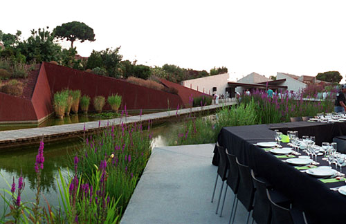For a wedding reception in Barcelona 39s Botanical Garden Cadaval and Sol