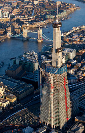Set to rise 310 meters, the Shard has topped out its core, at 244 meters.