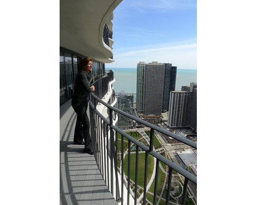 Sightlines dominated architect Jeanne Gang's thinking behind Aqua Tower's cantilevered terraces, including views to Lake Michigan.