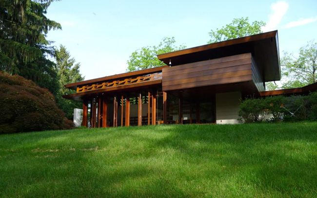 The Bachman-Wilson House (1954), designed by Frank Lloyd Wright, is looking for a buyer to relocate it.<span style='color: #333333; font-family: Arial,Helvetica,sans-serif; font-size: 13px; font-style