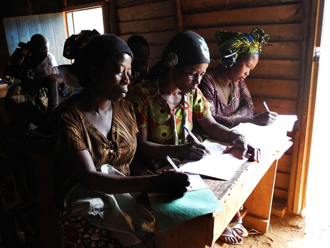 <p><strong>Tuungane Health Center</strong></p><p class='MsoNormal'>The woman pictured in the middle is the president of the elected development committee for Irhaga, a small village in the territory o