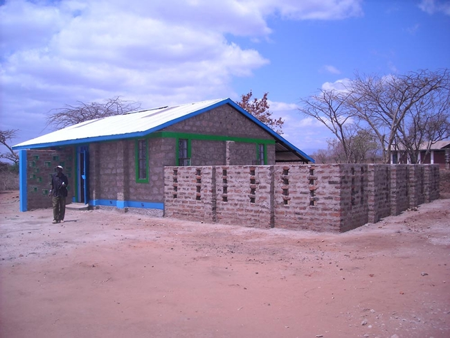 <p><strong>Usalama Community Library</strong></p><p class='MsoNormal'>Completed in six weeks, the library currently houses more than 4,000 books. Funding for the project was provided by Global Power o
