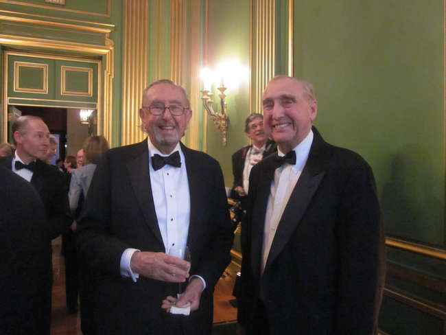 Architect César Pelli with Good Design is Good Business honoree Peter Bohlin.