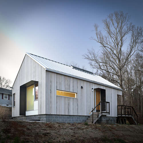 A New Norris House<br />Tricia Stuth, Robert C. French<br />College of Architecture &amp; Design, University of Tennessee Knoxville<br />Norris, Tennessee