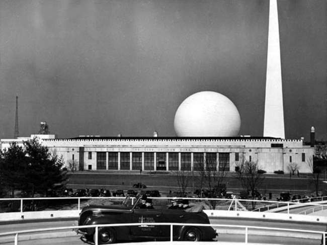 The Queens Museum building shown during the 1939 World's Fair.<br />