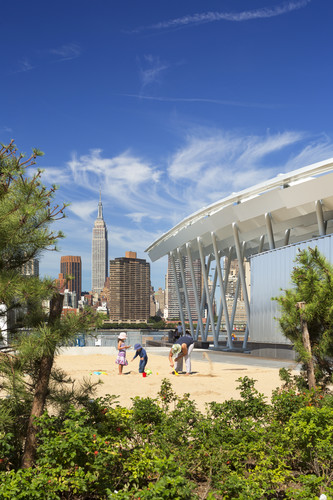 Hunter's Point South Waterfront Park<br />Queens, New York<br />Thomas Balsley Associates<br />Weiss/Manfredi