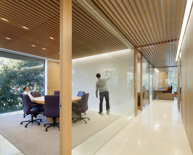 <p><strong>For Interior Architecture:</strong></p><p>&#8232;Venture Capital Office Headquarters<br />&#8232;Paul Murdoch Architects; Kappe Architects Planners<br />Menlo Park, California</p>