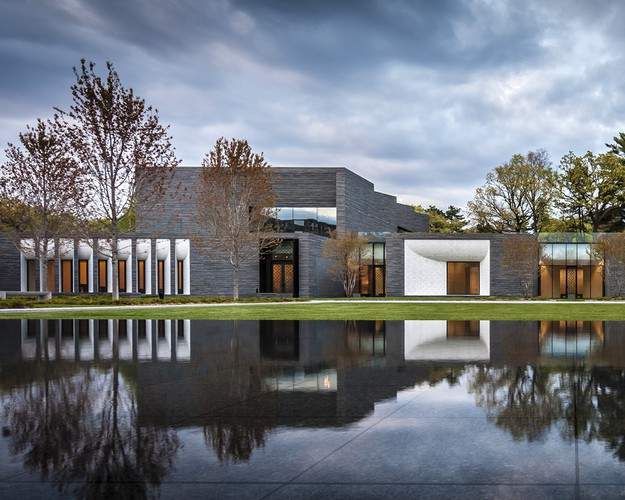 <p><strong>For Architecture: </strong></p><p>Lakewood Cemetery Garden Mausoleum&#8232;<br />HGA Architects and Engineers<br />&#8232;Minneapolis</p>