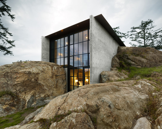 <p><strong>For Architecture and Interior Architecture: </strong></p><p>&#8232;The Pierre<br />&#8232;Olson Kundig Architects&#8232;<br />San Juan Islands, Washington</p>