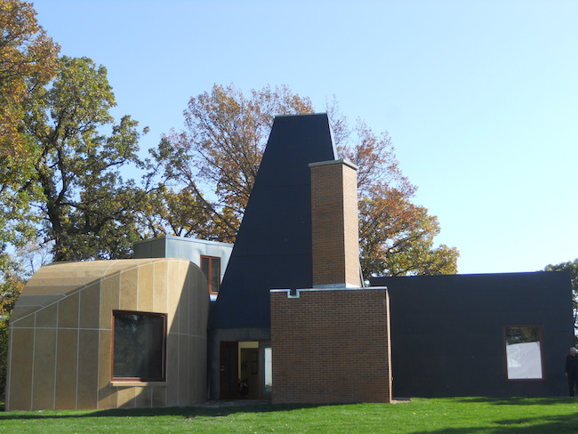 Winton Guest House Frank Gehry