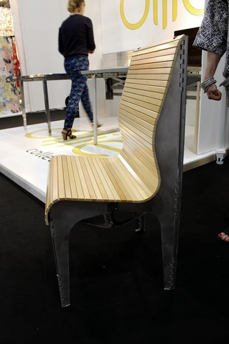 The Ollie chair by Rock Paper Robot magically becomes flat at the pull of a string.<div id='_mcePaste'>&#65279;&#65279;