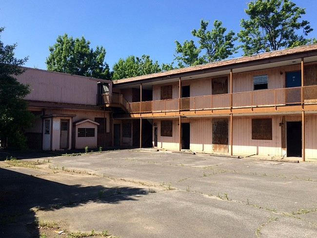 <strong>A.G. Gaston Motel</strong><br />Birmingham, Alabama<br />During the days of segregation, the A.G. Gaston Motel was built as a place of luxury for minorities. It served as the setting for sever