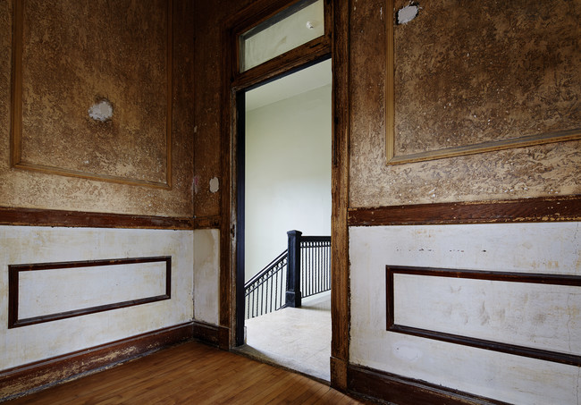 Biennial Dispatch: Theaster Gates Restores Derelict Chicago Bank into a Community Hub