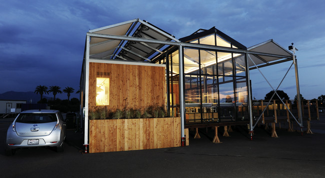 The second-place winner was the University at Buffalo of The State University of New York, with its GRoW Home, an exposed steel-framed structure, featuring a solarium and greenhouse designed for harve