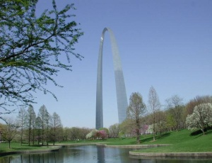 A landmark project will breathe new life into the riverfront park 630 ft below the top of the St. Louis Arch.