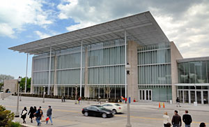 Art Institute of Chicago alleges Arup did not provide adequate engineering services for the 264,000-sq-ft Modern Wing.