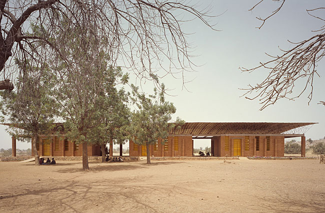 Di'b'do Francis K'r'; Primary School; Gando, Burkina Faso; 1999-2001