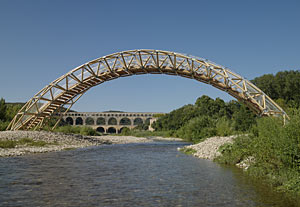 Shigeru Ban has designed a temporary bridge over the Gardon River