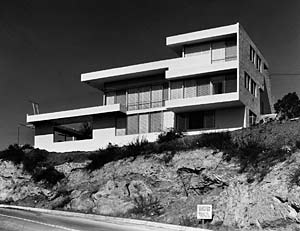 Fitzpatrick House, designed by the architect Rudolph Schindler