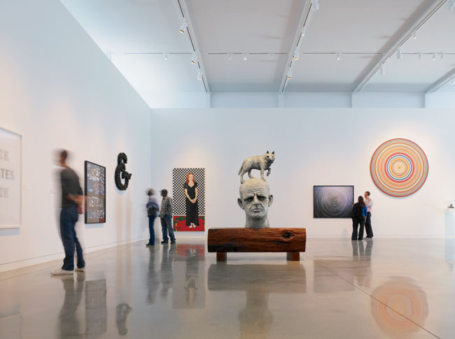 Cavagnero added new end galleries with clerestories and 20-foot-high ceilings to better display large-scale art.