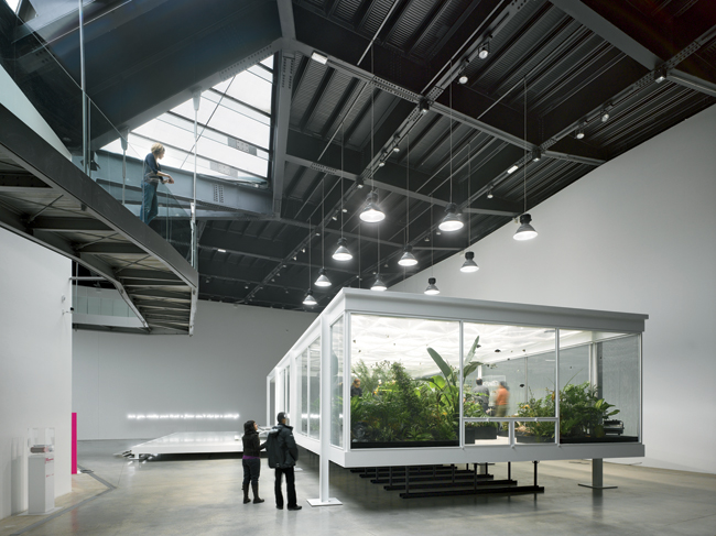 A large space occupying the southeast corner of the addition serves as the main exhibition area for temporary shows and large pieces of art.