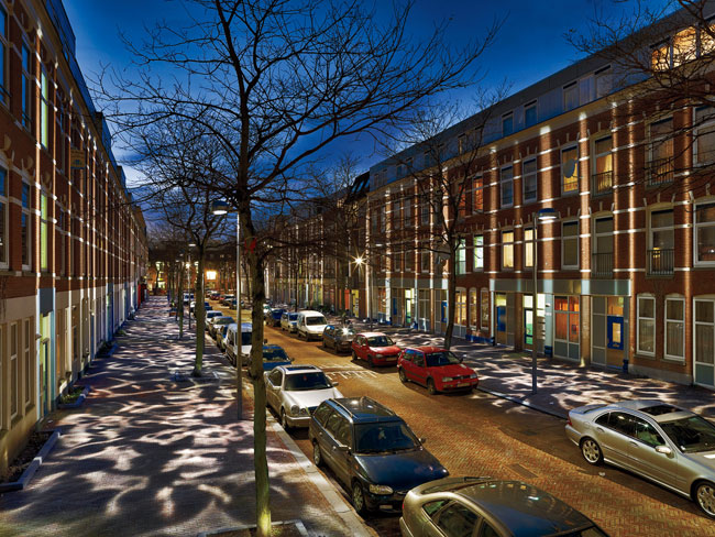 Glowing rehab Winner of an International Association of Lighting Designers (IALD) Award of Excellence and its top Radiance Award, the Broken Light project has transformed this previously rough block i
