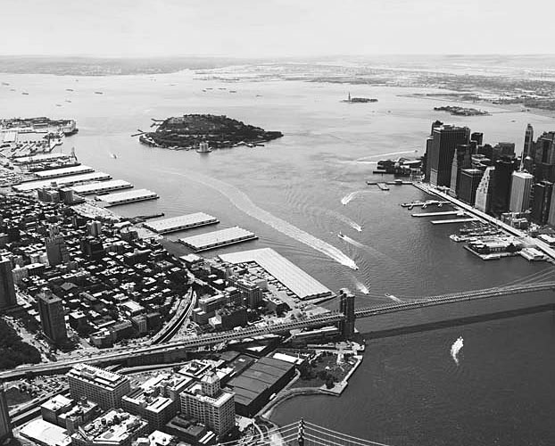 Before its transformation, the BBP site was a complex of six warehouse piers.