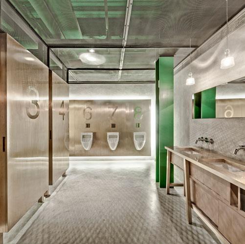 New Heights Restaurant Bathrooms