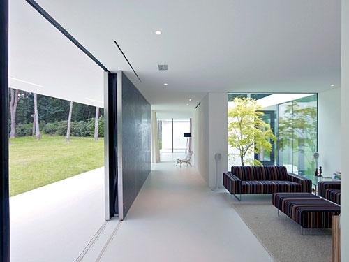 Villa 1 : by powerhouse company ~ housevariety