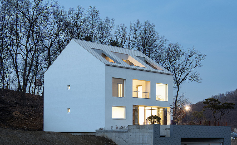 'A' House by Chang Kyu Lee/GEBDESIGN