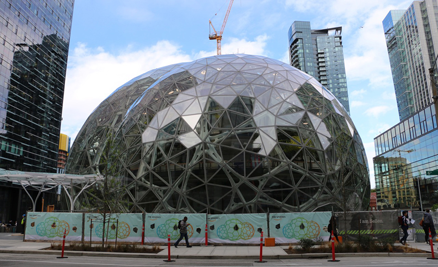 On the Ground with the Amazon Spheres in Seattle   2017-05