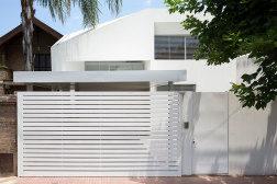 Piaggio House